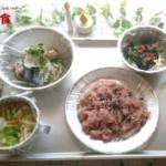 非常食のおすすめバランス定食!レトルト赤飯と野菜たっぷり味噌汁